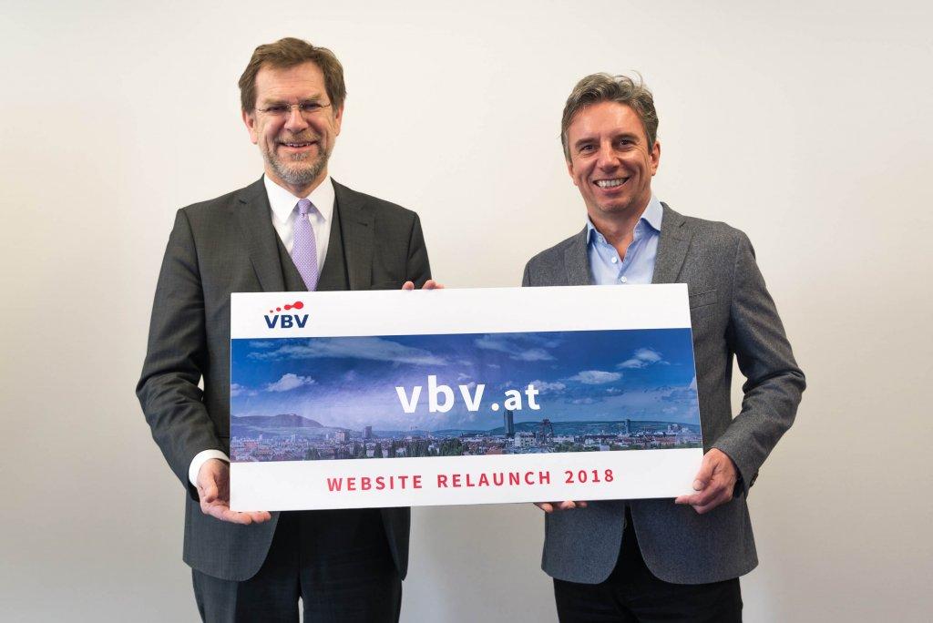 Die Wiener Agentur FONDA zeichnet für den Launch einer komplett neuen Website-Familie für die VBV-Gruppe inklusive eines individuellen Kundenportals verantwortlich: VBV-Generaldirektor Mag. Andreas Zakostelsky und FONDA-Geschäftsführer Dipl.-Kfm. Alexander Reiberger.