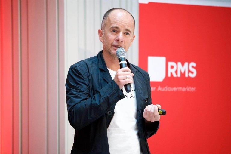"""""""Voice first"""" titelte der Vortrag von Joachim Feher (RMS Austria) im Rahmen der JETZT Voice 2019."""