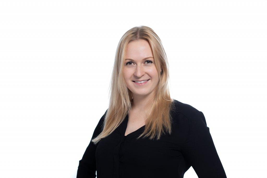 Kristina Kinkova fungiert ab sofort als Online Marketing Consultant bei der Performance-Marketing-Agentur SlopeLift und betreut Kunden wie Bank Austria, Daikin, Alina Cosmetics und JETZT Fachkonferenzen.