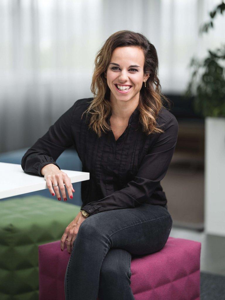 """Johanna Mayr, Head of Brand & Communications beim Portal karriere.at, hat für den Conference Day der JETZT Recruiting einen Vortrag mit dem Titel """"Employer Branding – Werbemaßnahme oder Kulturarbeit"""" vorbereitet."""