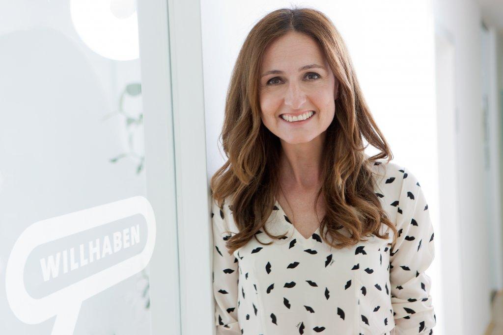 Sylvia Dellantonio, Geschäftsführerin willhaben, wurde zum E-Commerce Champion des Jahres in der Kategorie Online-Marktplätze gewählt.