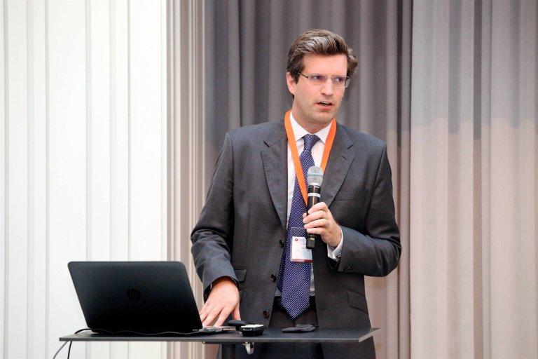 Dr. Clemens Billek, Gründer des Start-ups drd, hielt bei der der pharma marketing academy einen Vortrag über sein Unternehmen, mit dem er sich das Ziel gesetzt hat, den Zugang zum Arzt zu digitalisieren.