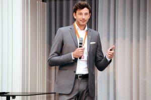 Der Rechtsanwalt Mag. Jakob Hütthaler-Brandauer ging in seinem Vortrag bei der pharma marketing academy auf die juristischen Aspekte der Einführung des e-Rezepts ein.